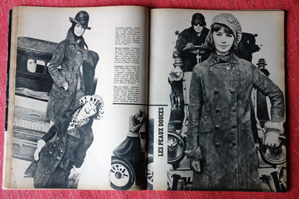 page from vintage French Elle magazine from November 1963 showing an article on ladies coats