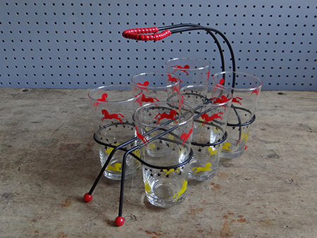 set of 6 atomic drinking glasses in wire rack