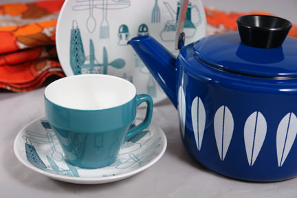 vintage blue Cathrineholm Lotus kettle soon to be available on the H is for Home webshop