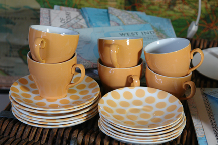 vintage yellow polka dotted Tams tea set