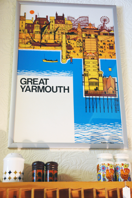 framed original vintage 'Great Yarmouth' travel poster