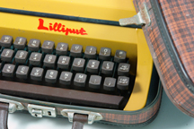 vintage 1970s 'Lilliput' typewriter