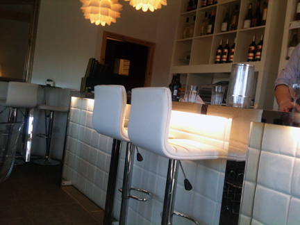 bar area in the restaurant at Holmfirth Vineyard