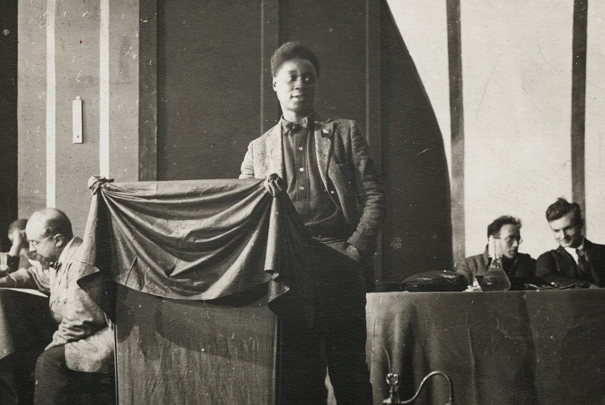 claude mckay Harlem shadows by poet claude mckay - contents.