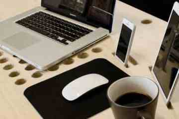 SlatePro-Personal-TechDesk-Docking-Station