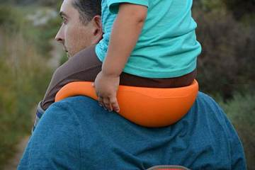 SaddleBaby handsfree kids shoulder carrier