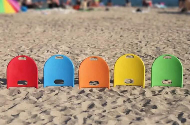 """Beach Thingy, a """"plugin"""" beach chair"""