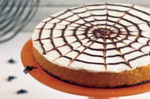 Spider Web Pumpkin Cheesecake | Holiday Cottage
