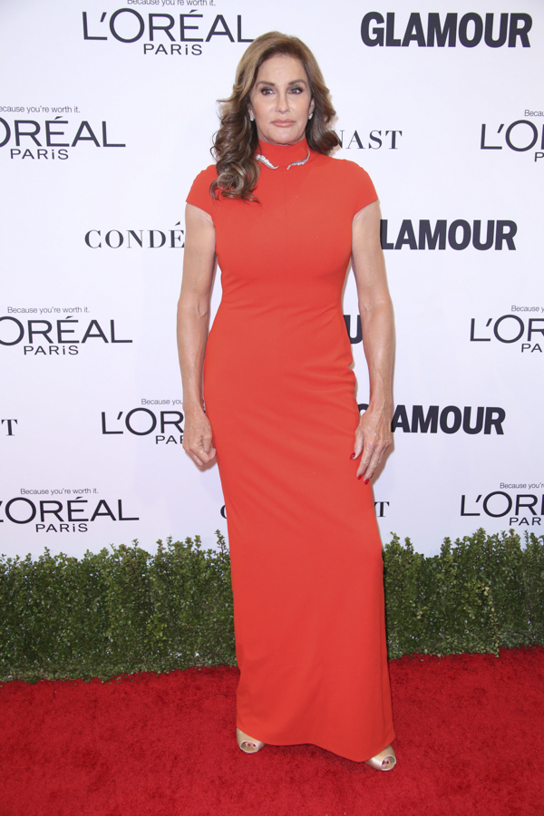 caitlyn-jenner-glamour-woman-of-the-year-red-carpet