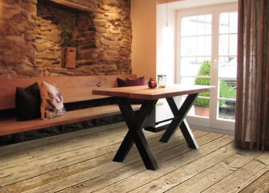 Massivholz, mit Stahl, Möbel