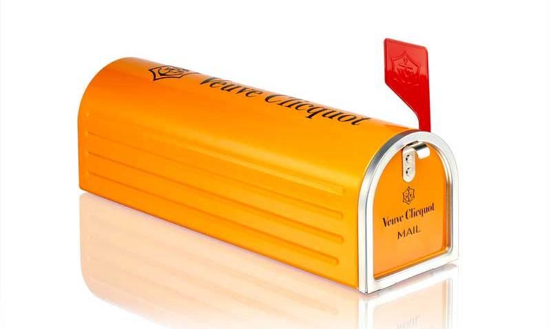 Mailbox-Veuve-Clicquot-(original)