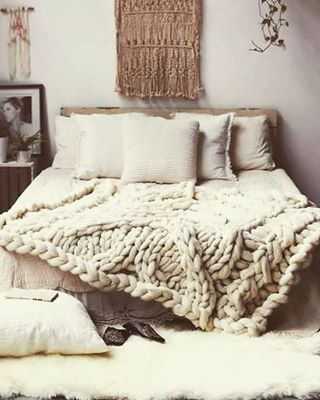 On the blogdreams of staying cozy in bed homestilo