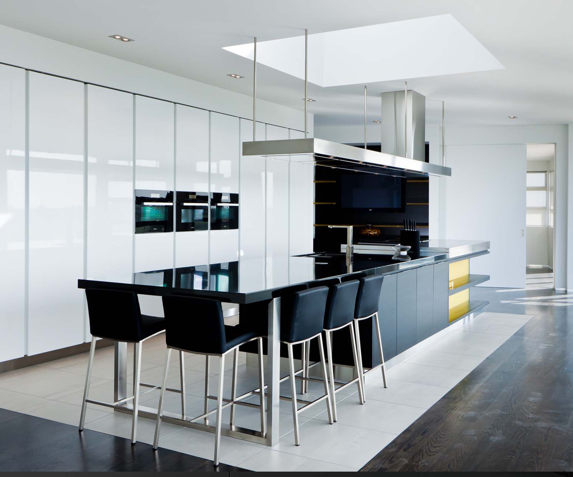 join us homes day kitchen design kitchens by design A kitchen in sleek contemporary style by the team at Kitchens By Design