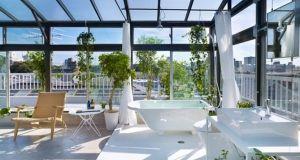 rooftop bathroom