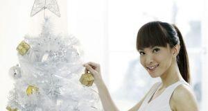 use-christmas-decorations-3