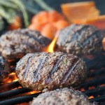 15 Tips For A Perfect Backyard Burger