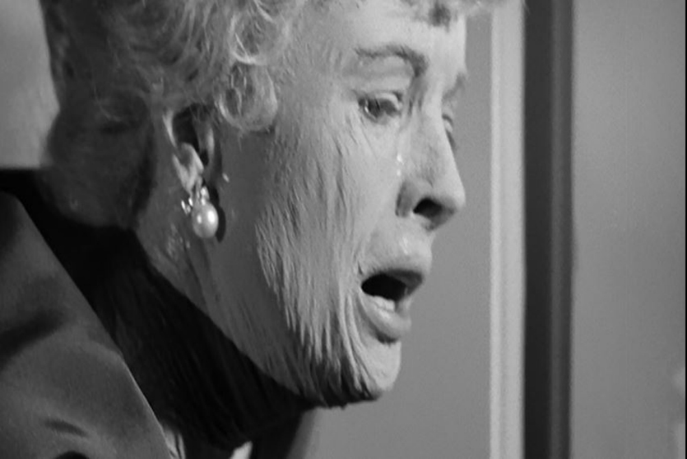 4. Leech woman, June turns2