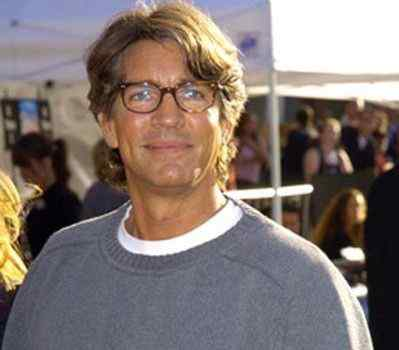 Horror Society: Eric Roberts added to 'The Human Centipede 3' cast   www.horrorsociety.com