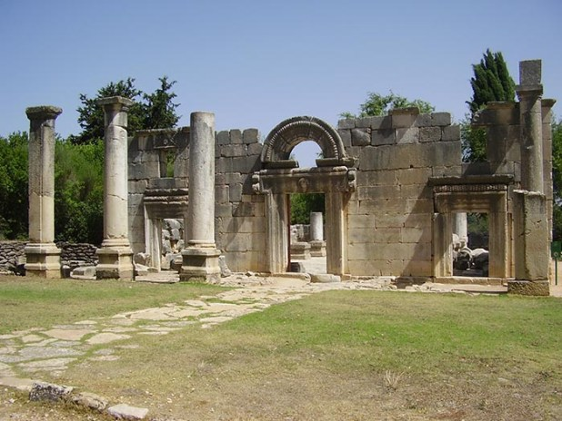 the_ancient_synagogue_in_baram