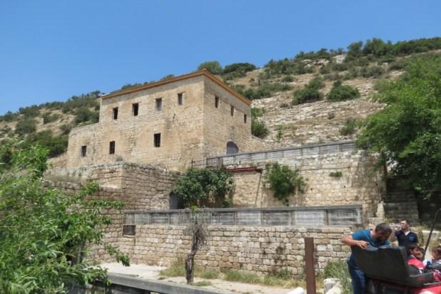 טחנת נזירים ונחל ציפורי