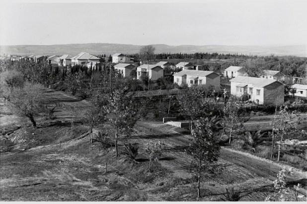 מבט על המושבה פרדס חנה ב-1938