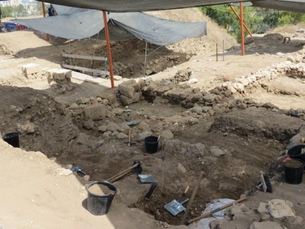 חפירות תל עכו 2018