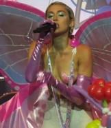 Miley Cyrus (9)