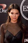 Kendall Jenner (8)