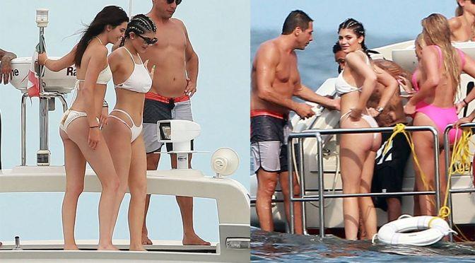 Kendall & Kylie Jenner – Bikini Candids in Punta Mita
