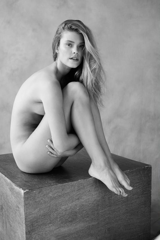 Nina Agdal (1)