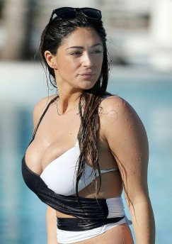Casey Batchelor (21)