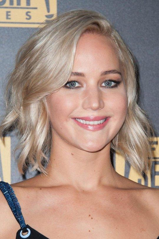 Jennifer Lawrence 19 Hot Celebs Home
