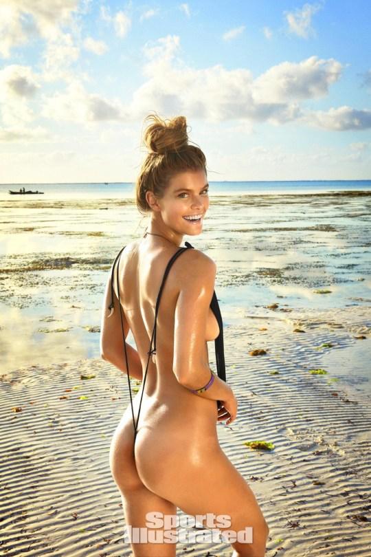 Nina Agdal (32)