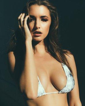 Alyssa Arce (27)