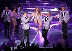 Jennifer Lopez (17)