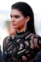Kendall Jenner (48)