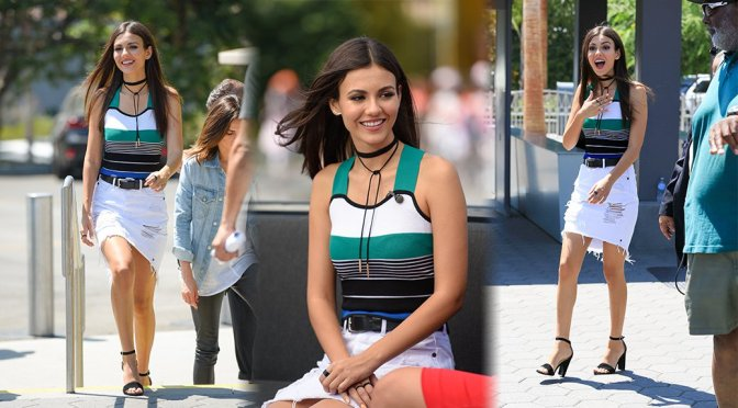 "Victoria Justice on ""Extra"" Set in Universal City"
