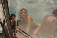 Kendall Kylie Hailey Bella (23)