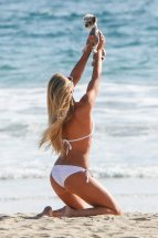 Samantha Hoopes (26)