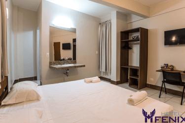 suite_casal_quarto_hotelfenix_assis