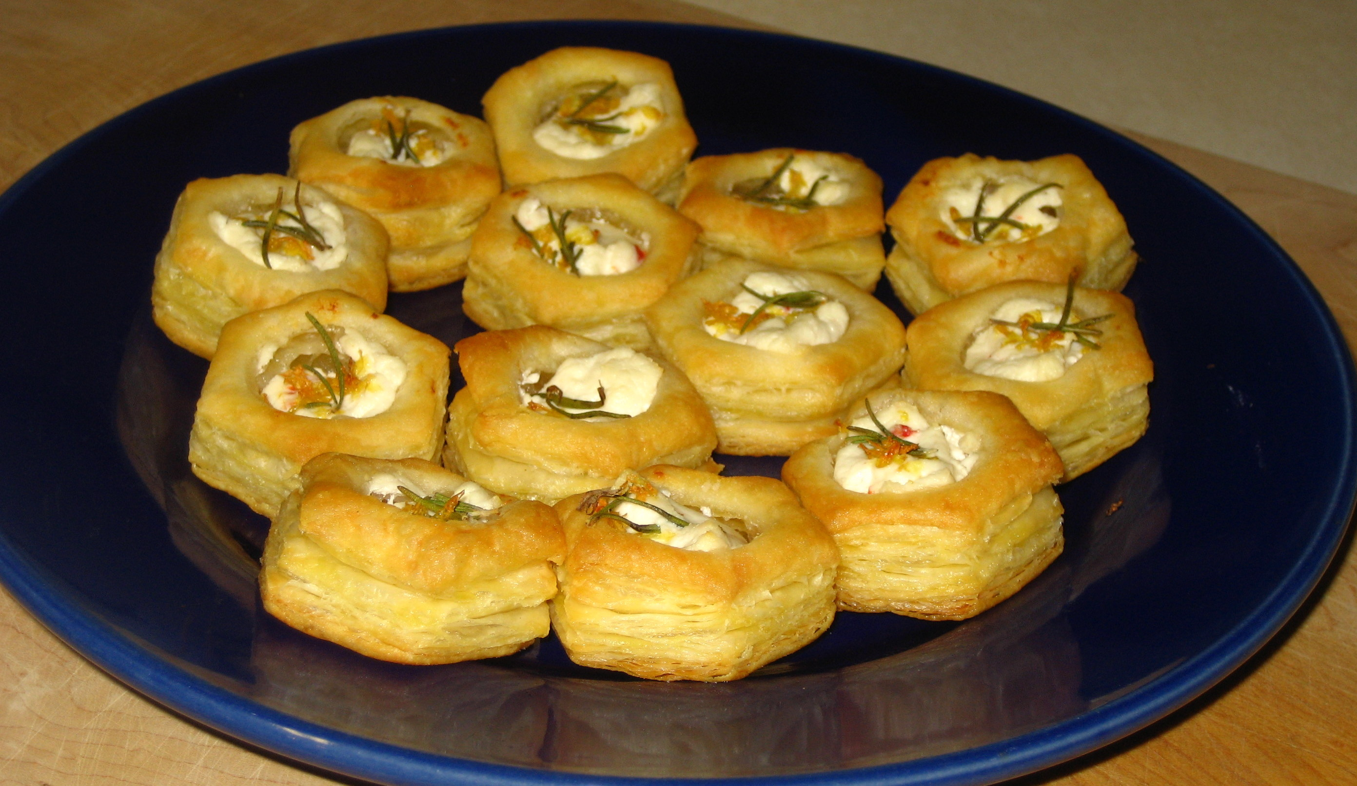Puff Pastry Goat Cheese Bites with Rosemary and Lemon | Hottie ...