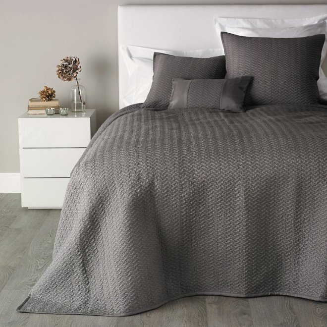 white company hampton quilt heather