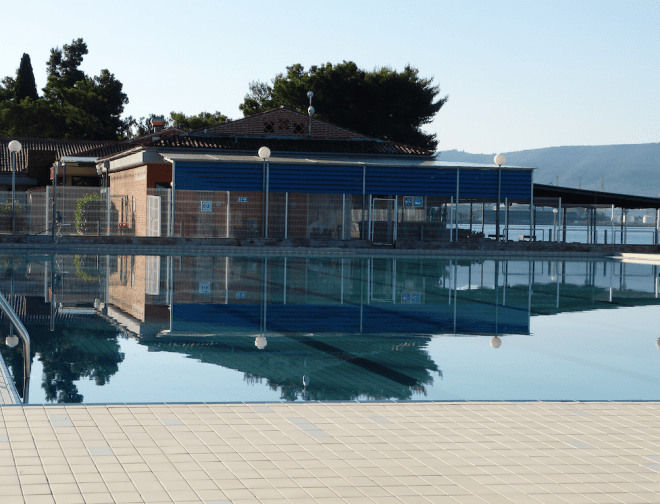 Seaside pool in Hotel Adria Ankaran