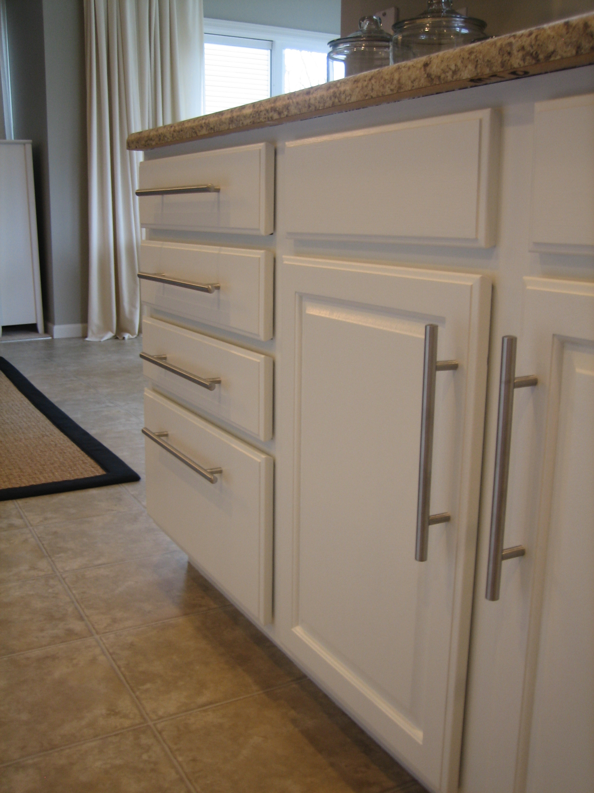 we painted the kitchen cabinets white kitchen cabinet supplies HOUSE TWEAKING