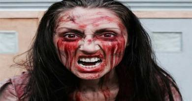 How to Do Zombie Makeup for Halloween From Home