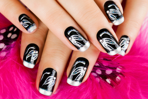 How to Grow Nails Faster and Stronger with Home Remedies