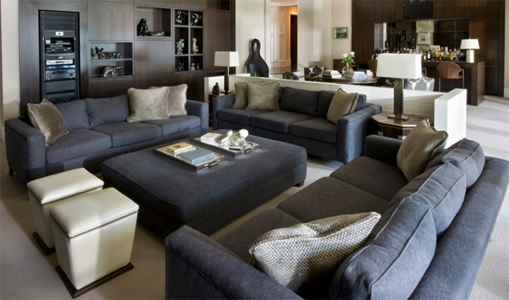 19 modern gray living room sofa designs to inspire you for Charcoal sofa living room