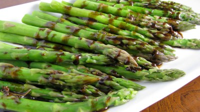 Grilled Asparagus with Roasted Garlic Vinaigrette. - How Sweet Eats