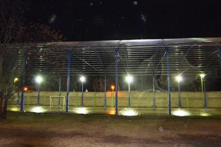 Inauguraron la iluminación del nuevo gimnasio del CEF Nº 40