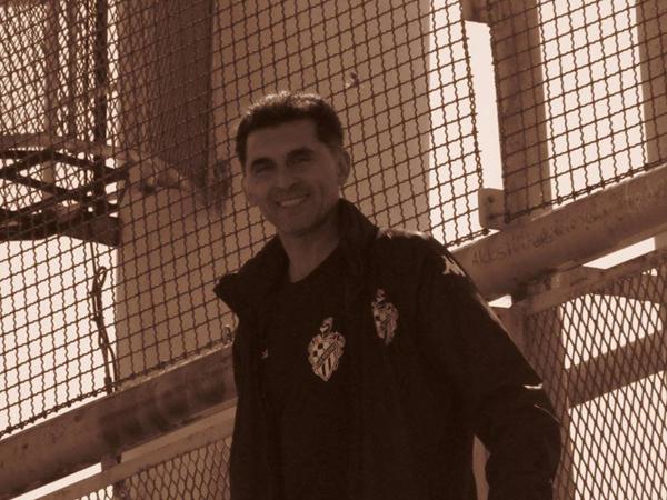 Gabriel Lima dejó de ser DT de Mercedes
